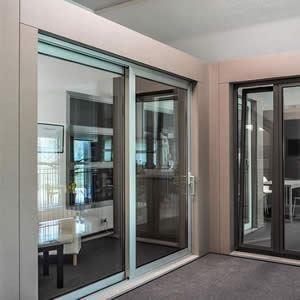 Foto infissi good infissi in alluminio e pvc with foto infissi affordable infissi in pvc with - Verniciare finestre alluminio ...